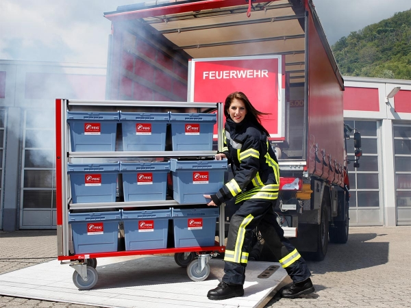 feig gmbh rollcontainer f r feuerwehren. Black Bedroom Furniture Sets. Home Design Ideas